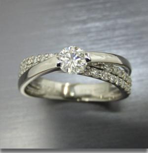 【実例362】婚約指輪にメレダイヤを足して豪華にリフォーム