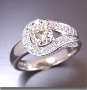 【実例371】立て爪ダイヤを最新のデザインにリフォーム
