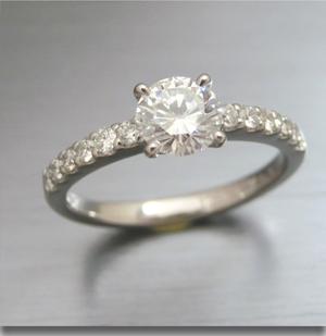 【実例344】婚約指輪をセンターにダイヤのハーフエタニティにリフォーム