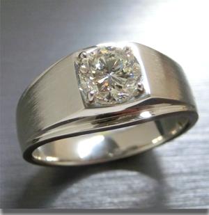 【実例341】1カラットのダイヤモンドリングを最新デザインにリフォーム