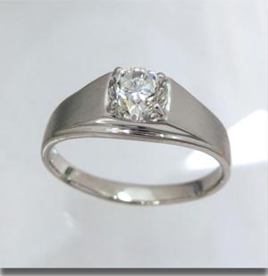 【実例332】昔の一粒ダイヤ婚約指輪をシンプルなリングにリフォーム