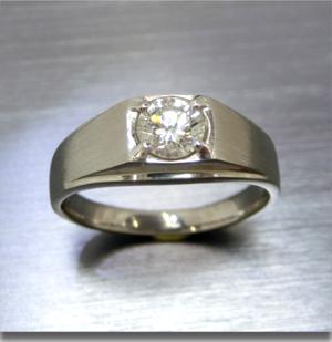 【実例331】ダイヤモンドリングと片方無くしたピアスからペンダントとリングセットにリフォーム