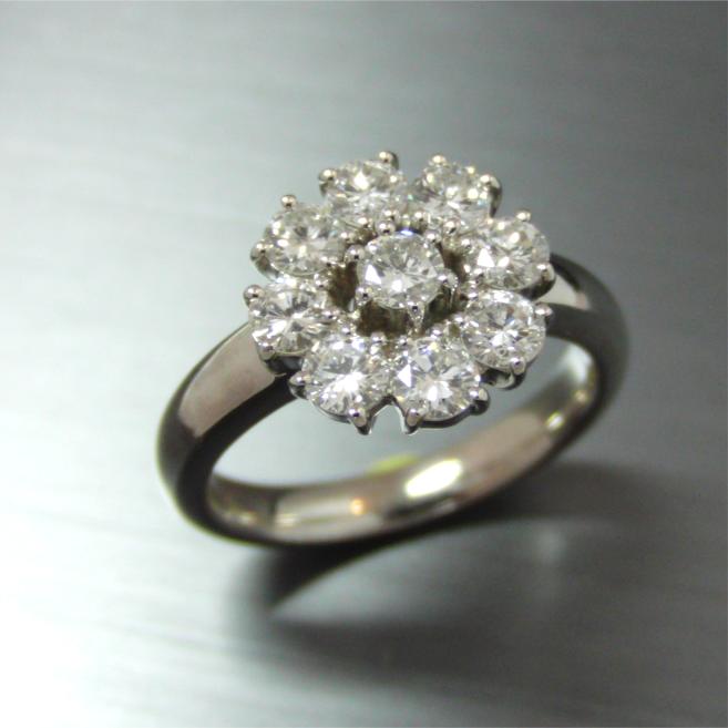【実例320】V字リングをお花模様のダイヤリングにリフォーム