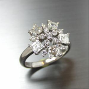 【実例305】角ダイヤの一文字リングから花模様のリングにリフォーム