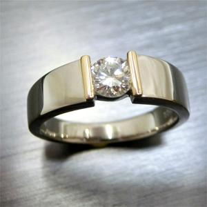 【実例303】立て爪ダイヤリングをシンプルなテンションリングにリフォーム