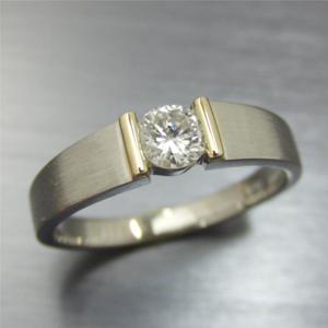 【実例299】立爪ダイヤリングを当店オリジナル枠にリフォーム