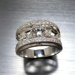 【実例297】立て爪ダイヤリングからマーキスダイヤを散りばめた豪華なリングに