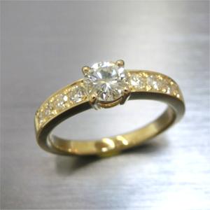 【実例296】お母様のダイヤモンドリングをお嫁さんの婚約指輪にリフォーム