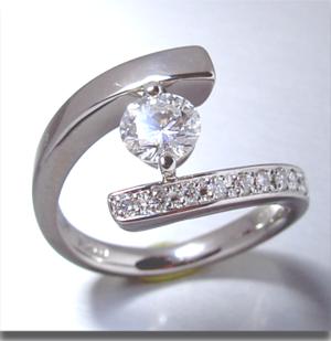 【実例370】立て爪ダイヤリングを幅広リングにリフォーム