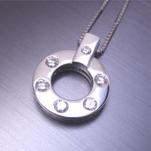 【実例265】一文字のダイヤリングからサークルデザインペンダントにリフォーム