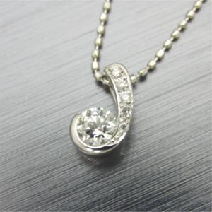 【実例280】ダイヤリングをメレーダイヤで留めたペンダントにリフォーム