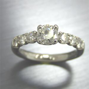 【実例117】お母様のダイヤのペンダントをリングにリフォーム