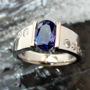 【実例257】2カラットのアレキサンドライトの指輪をリフォーム