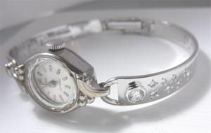 【実例35】思い出の時計のバンドを交換