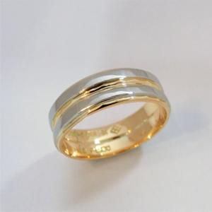 【実例10】形見のリングを合わせて1本のリングに加工