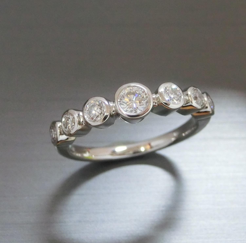 【実例2】お母様のダイヤのペンダントをお嬢様のリングにリフォーム